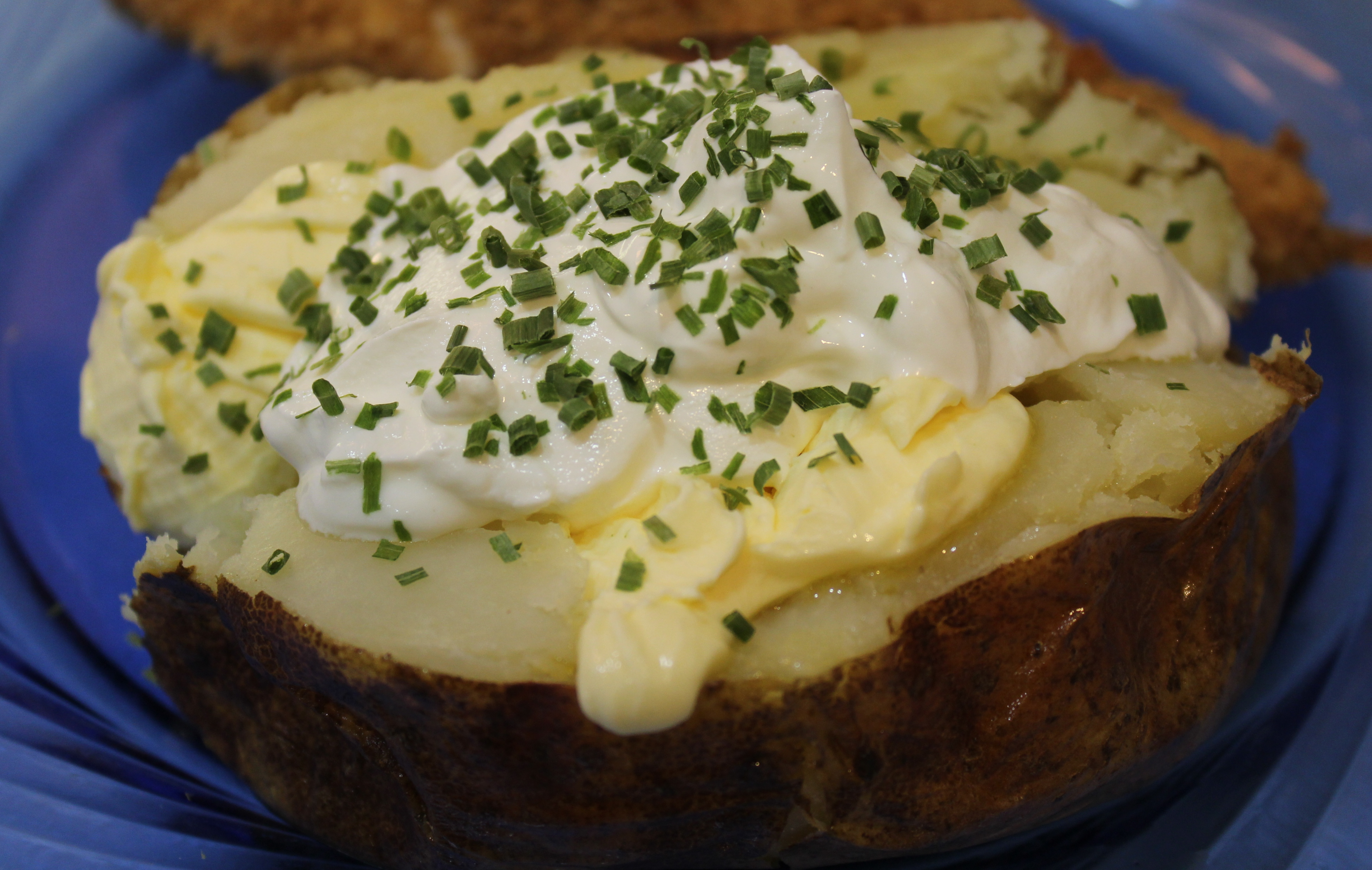 Potato with Sour Cream and Chives